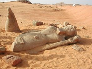 Majesty-of-Egypt-Tour-Deirel-Haggar-Statue