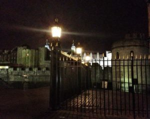 tower-of-london-by-night