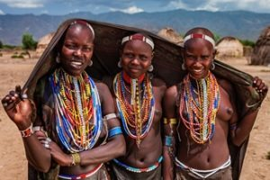 Omo-Valley-girls-small - Copy