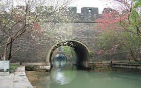 Southeast-China-Maritime-Silk-Road-Tour-Shanghai-Macau-Fengshan-Water-Gate