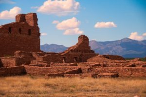 American-Southwest-Tour-Canyon-de-Chelly-Chaco-Mesa-Verde-Ute-Navajo-Arizona-New-Mexico-Abomission-Church-2