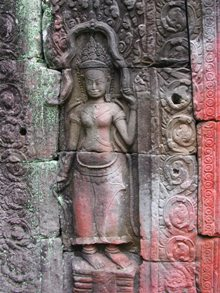 Angkor-Wat-Laos-Ancient-Khmer-Empire-Tour-Apsara-Statue
