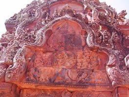Angkor-Wat-Laos-Ancient-Khmer-Empire-Tour-Banteay-Seraifacade