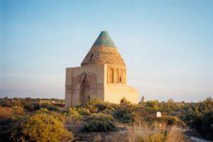 Central-Asia-Tour-Turkmenistan-Uzbekistan-Tajikistan-Merv-Konye-Urgench-Mausoleum