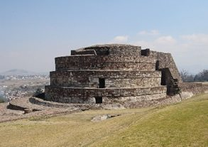 Central-Mexico-Tour-Teotihuacan-wind-temple