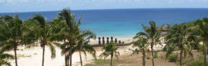 Easter-Island-Tour-Polynesia-Tapati-Festival-Beach-Scene-Statues