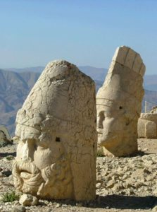 Eastern-Turkey-Tour-Zeugma-Ayanis-Isbanbul-Mount-Nemrud-Heads-2