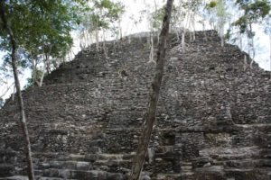 Gautemala-Tour-Kaan-Snake-Maya-El-Mirador-La-Corona-Holmul-Pyramid-2