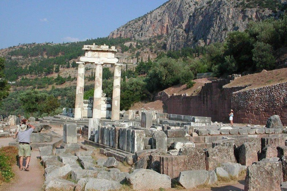 Glorious-Greece-Tour-Athens-Olympia-Delphi-Athena-Temple