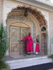 India-Tour-Gujarat-Rajasthan-opening-the-door