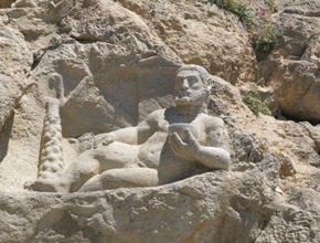 Iran-Tour-Persepolis-Pasargad-Isfahan-Shiraz-Shush-Isfahan-Hamadan-Bisotun
