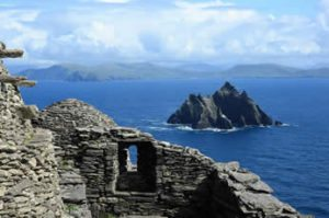 Ireland-Tour-Skellig-Michael-Aran-Islands-Burrens-Megalithic-Tombs-Dublin-Small