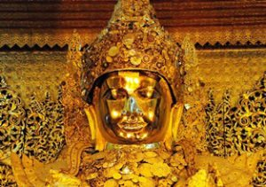 Myanmar-Tour-Burma-Temples-on-Inle-Lake-mahamunipaya-buddha