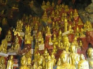 Myanmar-Tour-Burma-Temples-on-Inle-Lake-pindaya-caves