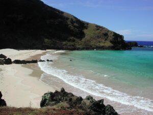 ovahe beach Easter Island tour