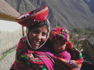Peru-Tour-Machu-Picchu-Caral-Nazca-Lines-La-Senora-De-Cao-Cusco-Local-Woman