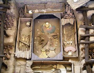 Sipan ruler tomb El Brujo Peru tour Machu Picchu tour archaeology tour