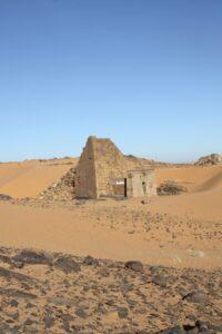 Sudan-Tour-Nile-River-Tombos-El-Kurru-Kawa-Meroe-Amun-Temple-2