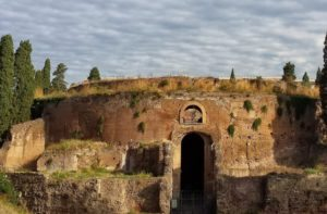 mausoleum-of-augustus Etruscan tour