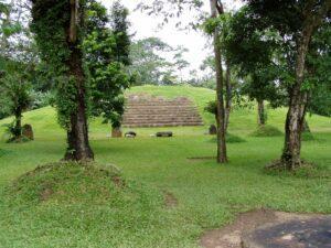 takalik-abaj Guatemala tour Abaj Takalik tour