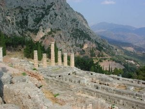 Delphi Greece tour archaeology tour
