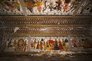 Orchha Raj Mahal murals India tour adventure