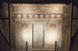 Aigai royal tomb Vergina Greece archaeology tour
